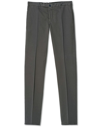 Incotex Slim Fit Stretch Chinos Dark Grey i gruppen Kläder / Byxor / Chinos hos Care of Carl (20060611r)