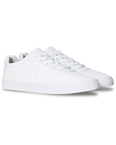 Polo Ralph Lauren Hanford Canvas Sneaker Pure White i gruppen Skor / Sneakers / Låga sneakers hos Care of Carl (20247011r)