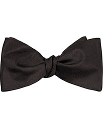 Self Bow Tie Black