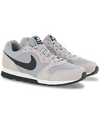 brand new 8d66c 7e8d3 Nike MD Runner 2 Sneaker Wolf Grey
