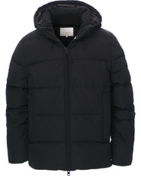 The Alta Down Jacket Black