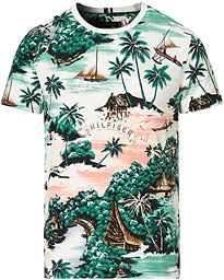 All Over Hawaiian Print Crew Neck Tee Mutli