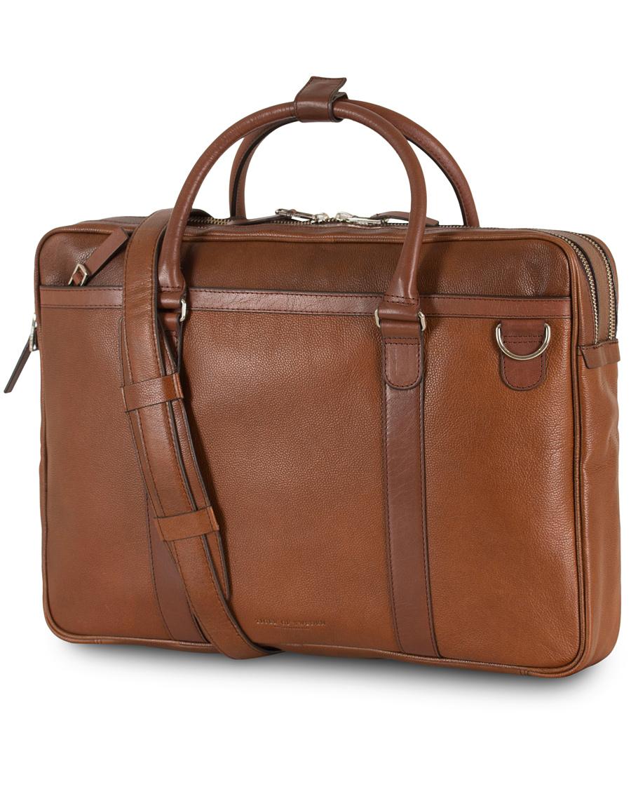 Tiger of Sweden Printel Leather Briefcase Brown i gruppen Accessoarer    Väskor   Portföljer hos Care bdc936dd46d39