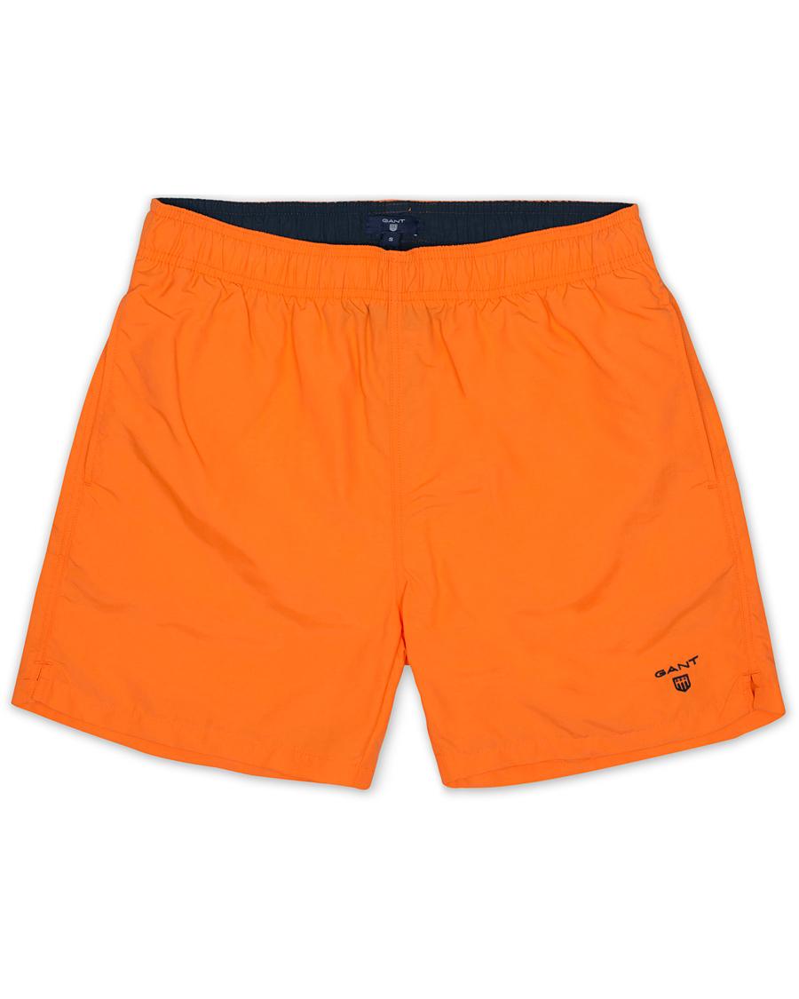 ed469e865fc GANT Classic Swim Shorts Basic Sunny Orange i gruppen Kläder / Badbyxor hos  Care of Carl
