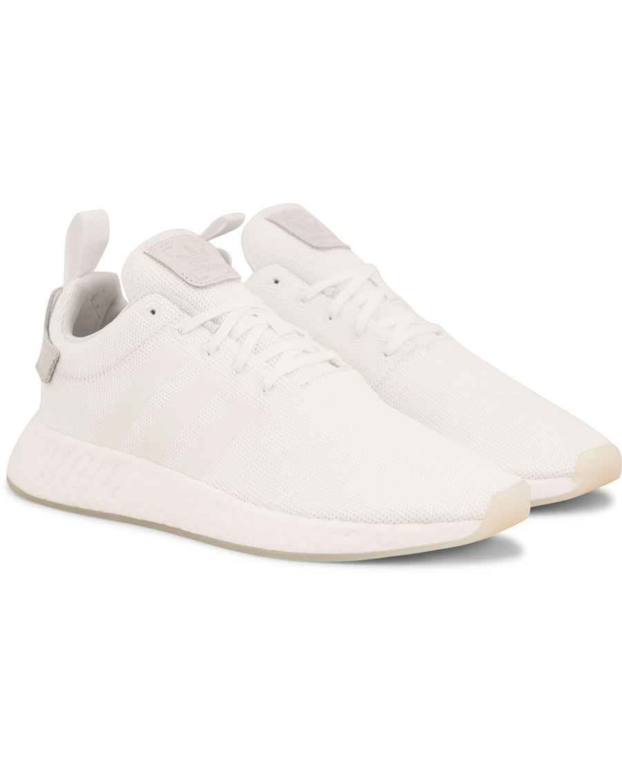 more photos 12974 32ff8 adidas Originals NMD R2 Running Sneaker White
