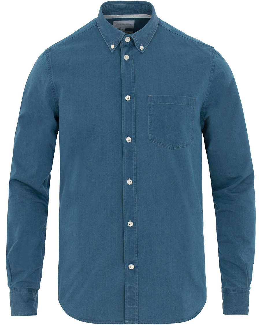 cf945f73 Norse Projects Anton Denim Shirt Sunwashed hos CareOfCarl.com