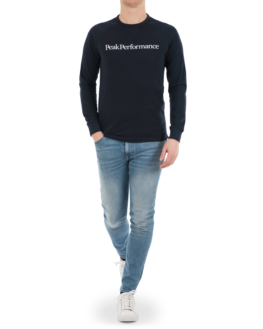 Peak Performance Walt Logo Long Sleeve Tee Navy hos