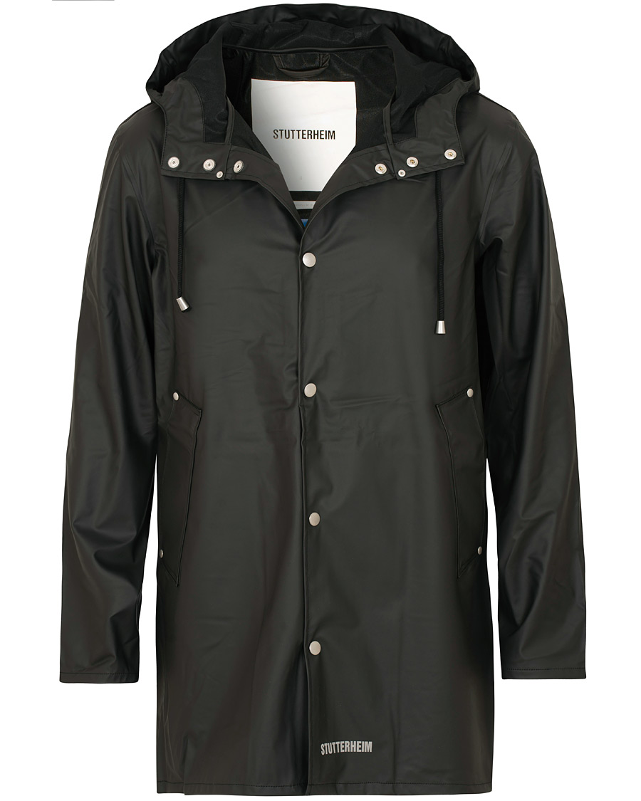 43d802c567a3 Stutterheim Stockholm Lightweight Raincoat Black hos CareOfCarl.c