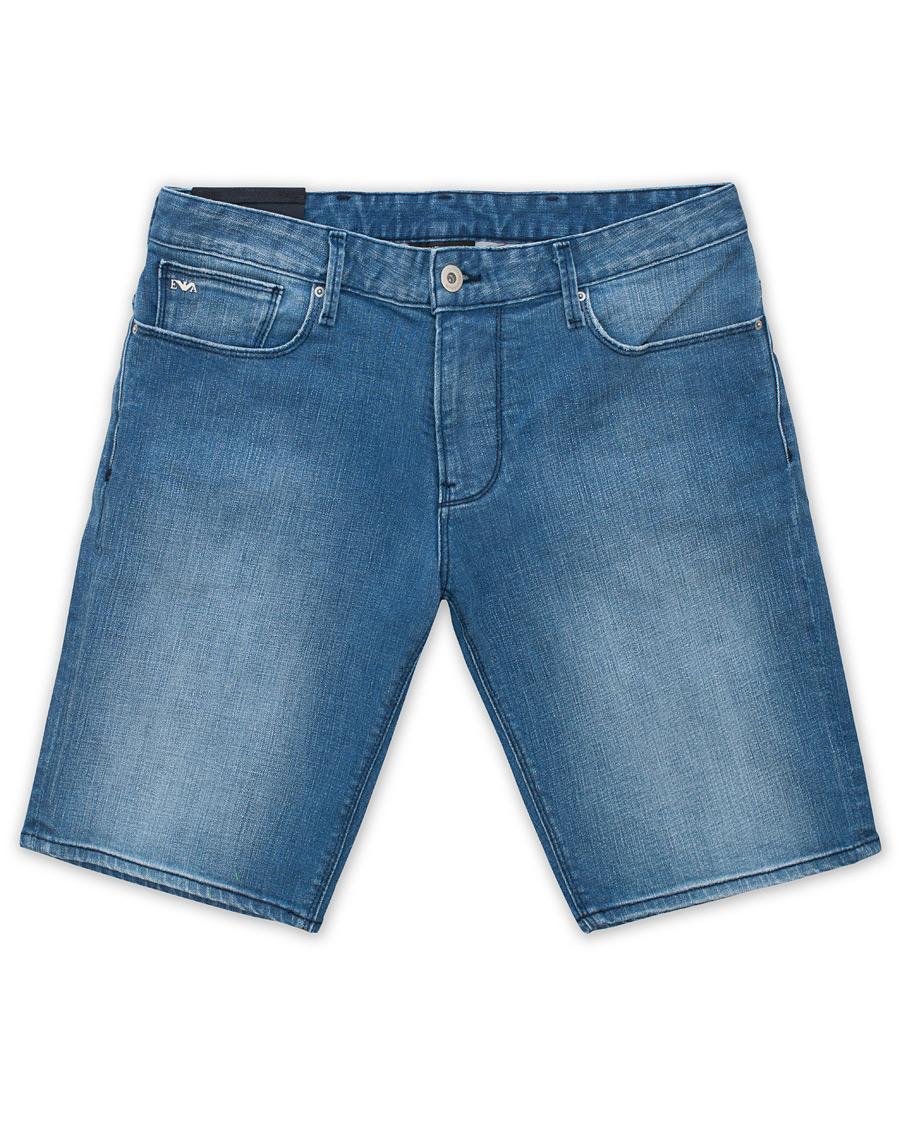Emporio Armani Slim Fit Jeans Shorts Light Blue hos CareOfCarl.co 84090f5e28473
