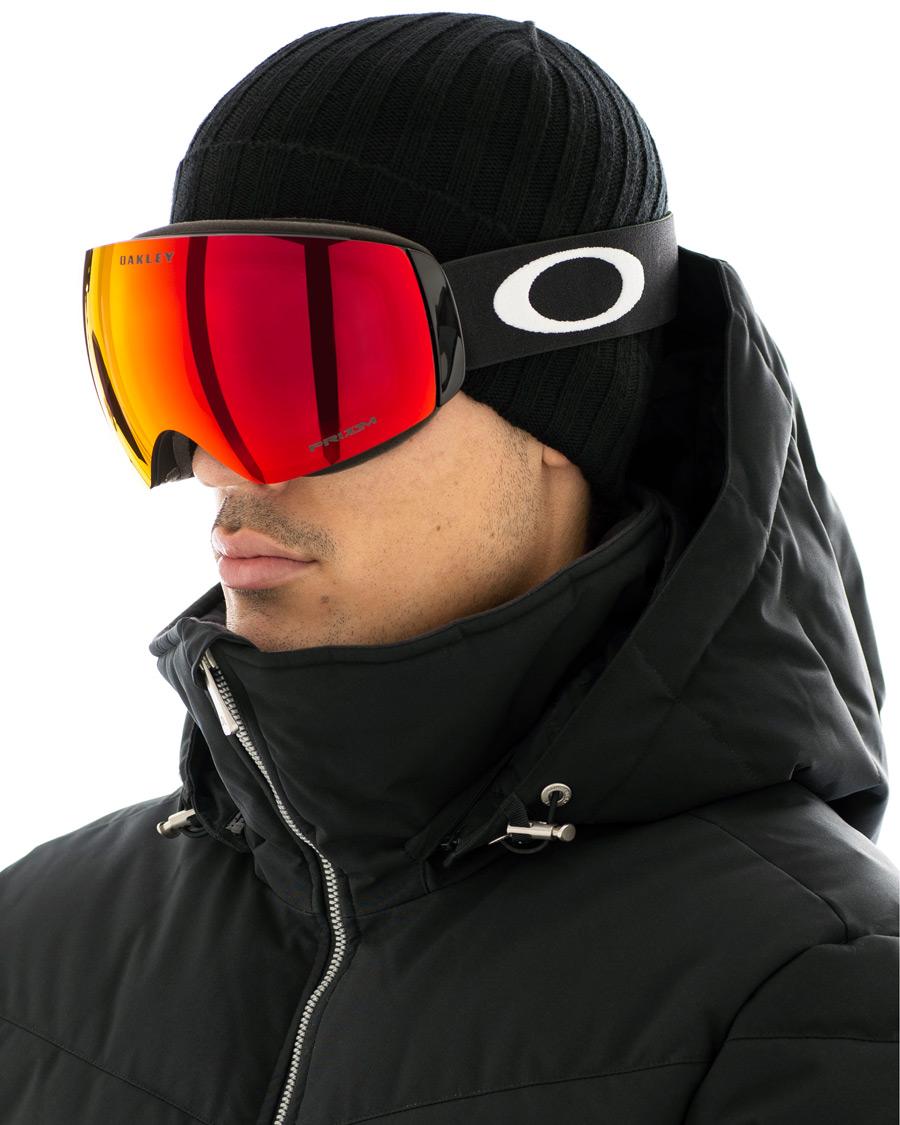 93240f87f04 Oakley Flight Deck XM Prizm Snow Goggles Orange Black hos CareOf