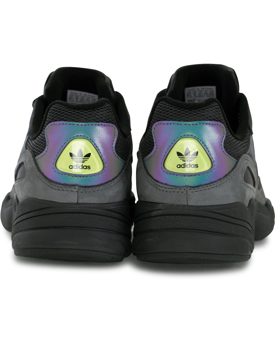 adidas Originals Night Vision Yung 96 Sneaker Core Black UK6,5 EU40
