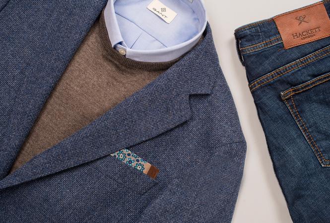 Bilde med dressjakke, pullover og jeans