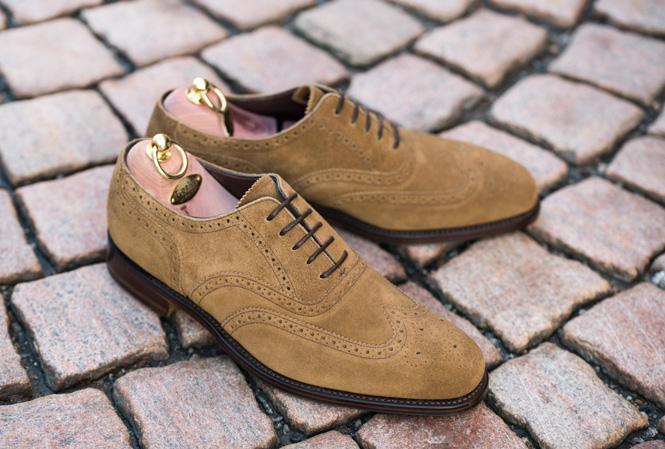 Broguemøntret sko i mokka